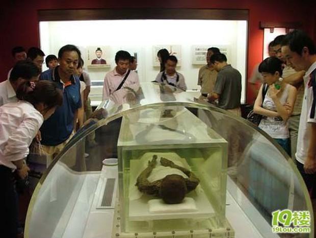 Bí ẩn về thi thể còn nguyên vẹn trong ngôi mộ cổ nghìn năm ở Trung Quốc, danh tính được xác định là tuyệt thế giai nhân thời Hán - Ảnh 4.