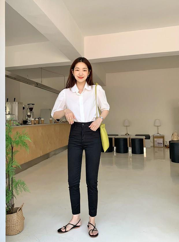 Để tránh bị chê không ra thể thống gì khi diện quần jeans đi làm, nàng công sở chỉ cần nhớ đúng 4 tips - Ảnh 5.