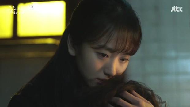Ji Chang Wook làm Captain Korea: Tỉnh dậy sau 20 năm đóng băng, tình đầu thuở nào giờ đã là quý bà? - Ảnh 7.