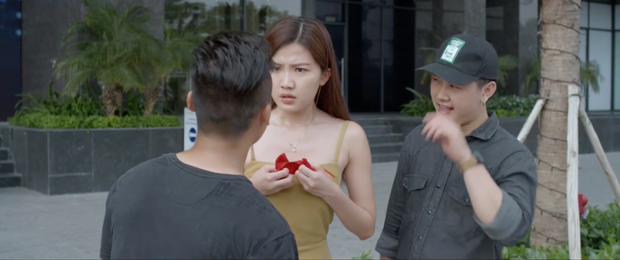 Thuê côn đồ trả lại quần khô mực cho tiểu tam: Style đánh ghen giật dây kiểu mới của Hoa Hồng Trên Ngực Trái - Ảnh 9.