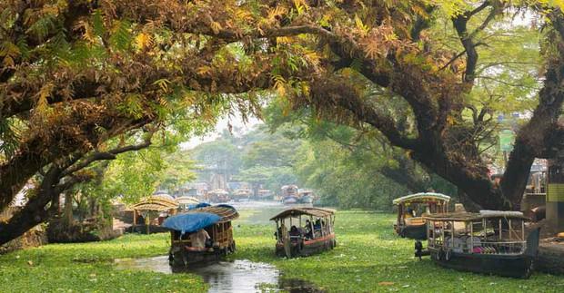 Chuyên trang Mỹ công bố 15 thành phố kênh đào đẹp nhất thế giới, thật bất ngờ có 1 cái tên đến từ Việt Nam! - Ảnh 12.