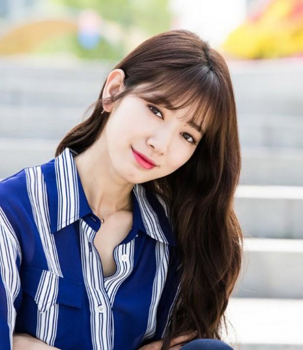 """5 nữ sinh từng gây thương nhớ trong phim Hàn: Người bị chồng bỏ vì """"không có ngực"""", kẻ thăng hạng nhan sắc đến khó tin - Ảnh 6."""