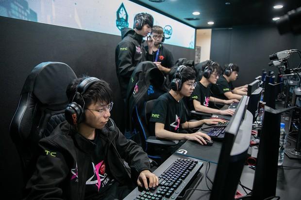 Đội tuyển LMHT của Châu Kiệt Luân xuất sắc giành vé đến CKTG 2019 sau thành tích 12 trận toàn thắng tại LMS! - Ảnh 2.