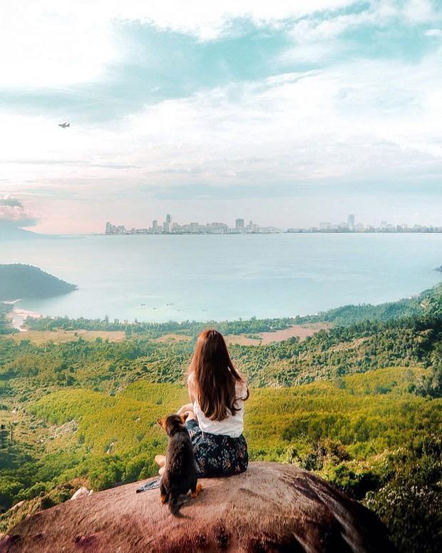 """Hot nhất Đà Nẵng hiện tại chính là """"cổng trời"""" mới toanh dưới chân đèo Hải Vân, nơi có đoàn tàu qua núi đẹp hệt trong phim - Ảnh 5."""