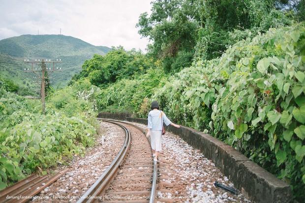 """Hot nhất Đà Nẵng hiện tại chính là """"cổng trời"""" mới toanh dưới chân đèo Hải Vân, nơi có đoàn tàu qua núi đẹp hệt trong phim - Ảnh 24."""