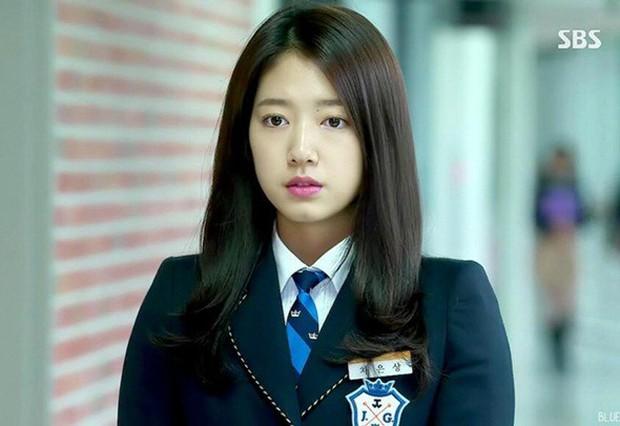 """5 nữ sinh từng gây thương nhớ trong phim Hàn: Người bị chồng bỏ vì """"không có ngực"""", kẻ thăng hạng nhan sắc đến khó tin - Ảnh 5."""