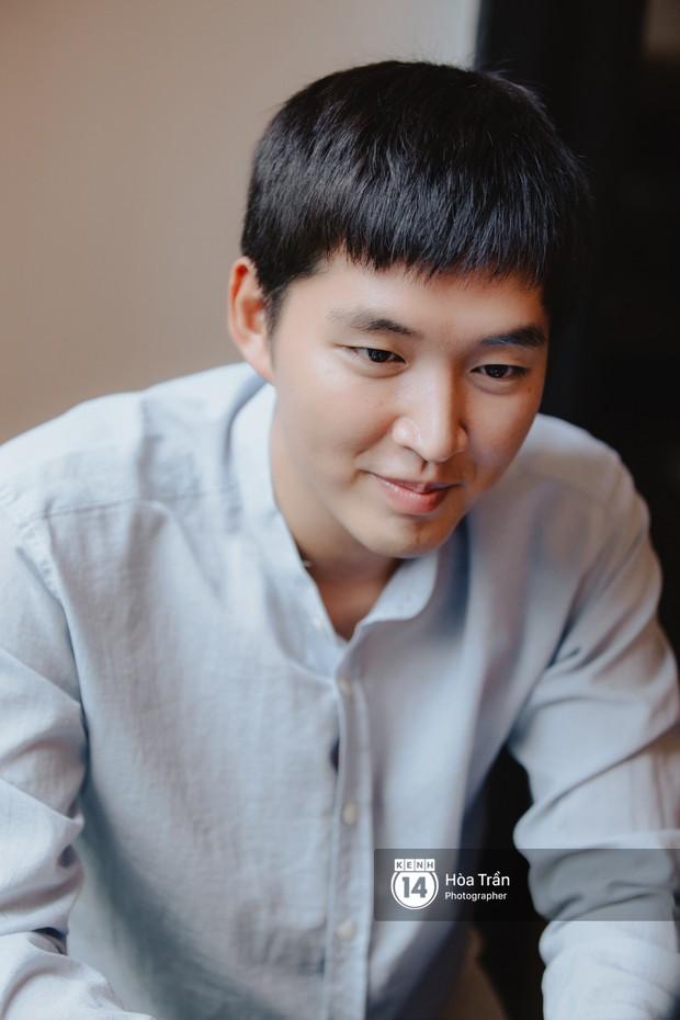 Woossi - Food blogger người Hàn với hơn 1,5 triệu subscribers trên Youtube: Từng phải nằm viện vì thử quá nhiều đồ ăn trong một ngày! - Ảnh 1.