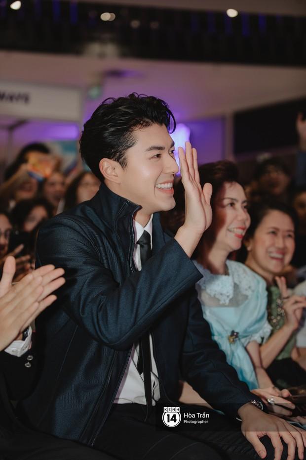 Nam thần Friend Zone Nine Naphat gây bão tại sự kiện ở Hà Nội: Góc nghiêng cực phẩm, fan Việt đông nghẹt thở - Ảnh 4.