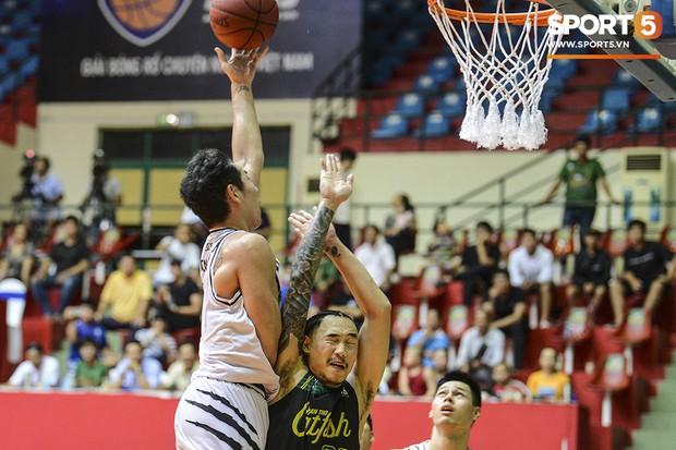 Thang Long Warriors vượt qua Cantho Catfish, tạo nên cú sốc trong ngày mở màn VBA Playoffs 2019 - Ảnh 5.