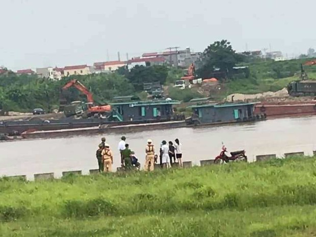 Bắc Ninh: Cô gái để lại lời nhắn Hãy giúp tôi gọi đến... rồi nhảy xuống sông tự tử - Ảnh 1.