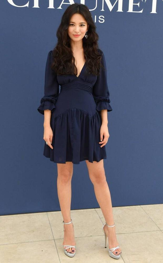 Song Hye Kyo cũng có nhược điểm vóc dáng gây tự ti và đây là 2 cách cô chọn trang phục để khắc phục điều này - Ảnh 9.