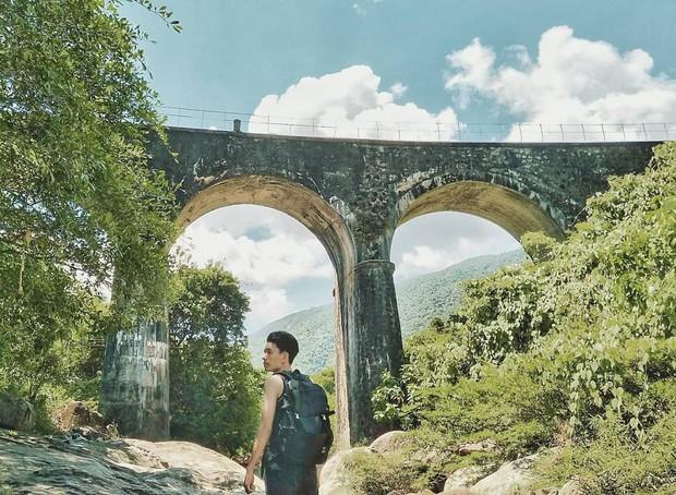 """Hot nhất Đà Nẵng hiện tại chính là """"cổng trời"""" mới toanh dưới chân đèo Hải Vân, nơi có đoàn tàu qua núi đẹp hệt trong phim - Ảnh 14."""