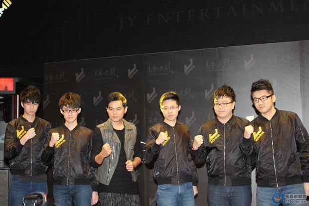 Đội tuyển LMHT của Châu Kiệt Luân xuất sắc giành vé đến CKTG 2019 sau thành tích 12 trận toàn thắng tại LMS! - Ảnh 1.