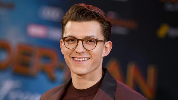 Tom Holland úp mở việc tiếp tục đóng Spider Man, nhưng là đóng cho Sony chứ không phải Marvel? - Ảnh 2.