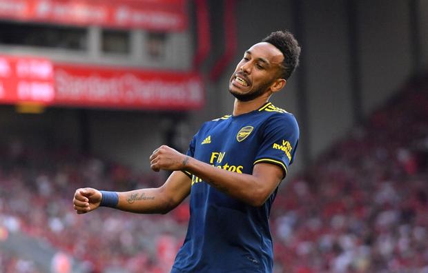 Vua Ai Cập Salah lập cú đúp, Liverpool thắng dễ Arsenal để độc chiếm ngôi đầu Ngoại hạng Anh - Ảnh 2.