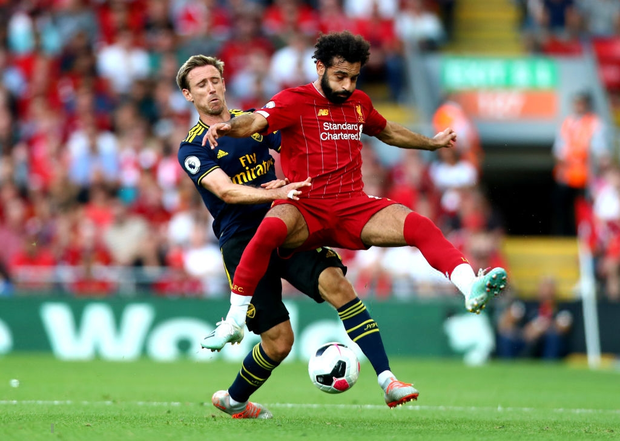 Vua Ai Cập Salah lập cú đúp, Liverpool thắng dễ Arsenal để độc chiếm ngôi đầu Ngoại hạng Anh - Ảnh 1.