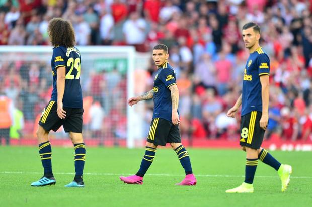 Vua Ai Cập Salah lập cú đúp, Liverpool thắng dễ Arsenal để độc chiếm ngôi đầu Ngoại hạng Anh - Ảnh 8.