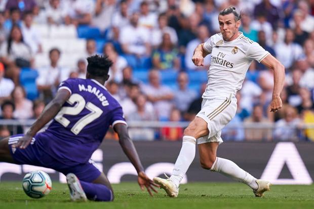 Benzema lập siêu phẩm, Real Madrid vẫn đánh rơi chiến thắng ở phút cuối - Ảnh 2.