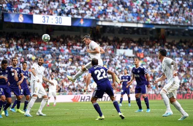 Benzema lập siêu phẩm, Real Madrid vẫn đánh rơi chiến thắng ở phút cuối - Ảnh 5.