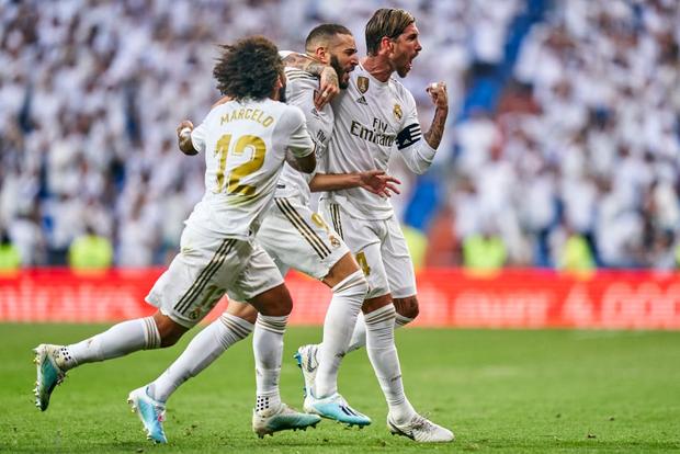 Benzema lập siêu phẩm, Real Madrid vẫn đánh rơi chiến thắng ở phút cuối - Ảnh 10.