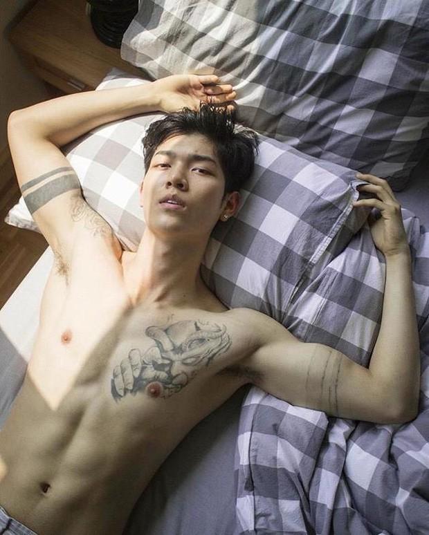 Sao nam đình đám từ Âu sang Á lộ clip nóng: Từ bạn trai Kim cho đến tài tử Hàn Quốc đều gây ngỡ ngàng! - Ảnh 8.