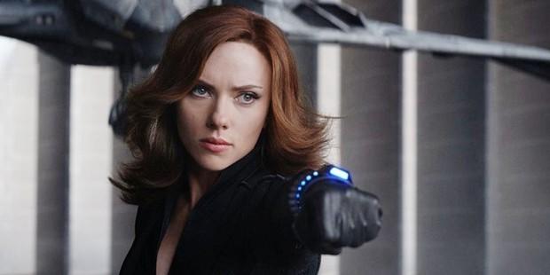 Ngỡ ngàng bộ suit mới của Black Widow: Hẳn stylist của Marvel hơi mù màu, Góa Phụ Đen mặc đồ trắng là sao? - Ảnh 4.