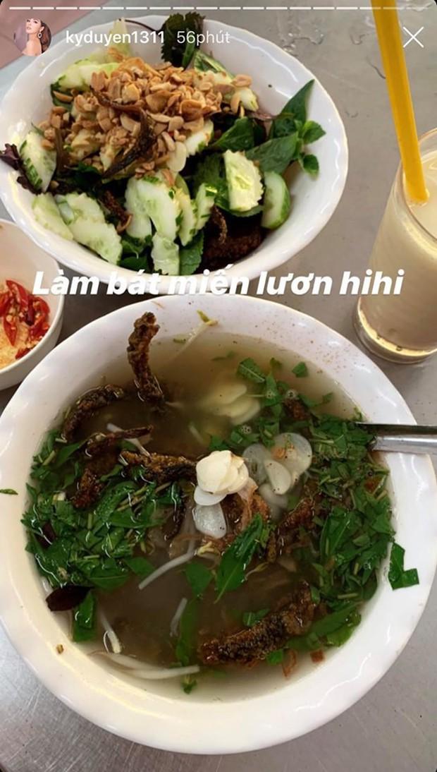 """Lâu lâu mới ra Hà Nội, Kỳ Duyên đi ăn liền 4 món chuẩn """"combo mùa thu thủ đô"""", ai cũng nên thử 1 lần nè! - Ảnh 5."""