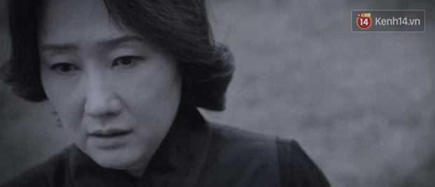 Hotel Del Luna tập 13 tung twist trầm trồ: Người tình truyền kiếp tự thọt kiếm của CEO IU chết tức tưởi - Ảnh 12.