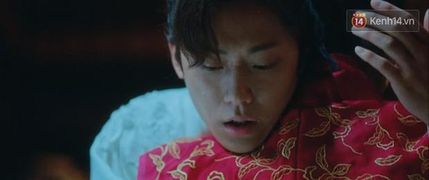 Hotel Del Luna tập 13 tung twist trầm trồ: Người tình truyền kiếp tự thọt kiếm của CEO IU chết tức tưởi - Ảnh 2.
