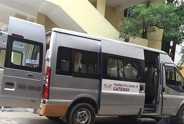 Gia đình cháu bé tử vong vì bị bỏ quên trên xe đưa đón của trường Gateway mời luật sư bảo vệ quyền lợi - Ảnh 1.
