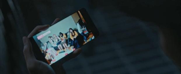 Girl group IZONE bị quấy rối tình dục ngay trên sóng phim học đường Class of Lies: Biên kịch giờ lộng hành quá rồi? - Ảnh 5.