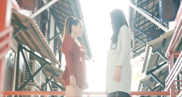 Phim ngắn của Nam Em kết thúc lạ lùng khó hiểu: Hoá ra miss ngoài hành tinh là ác nữ nửa mùa? - Ảnh 17.