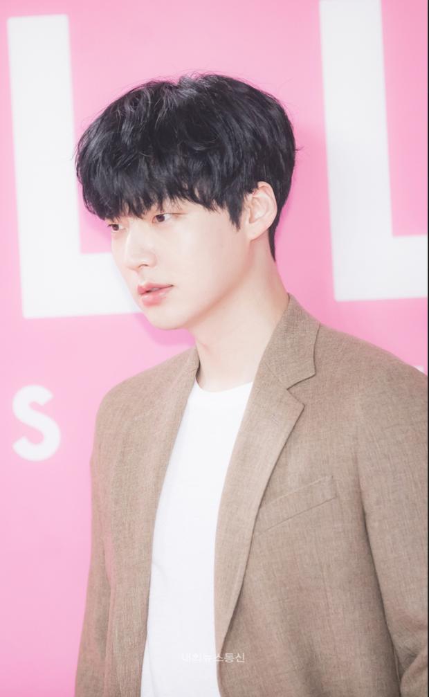 Ahn Jae Hyun đối mặt với thời kỳ tăm tối nhất: Bị tẩy chay, phải đi vay tiền, đến lúc hối hận vì đánh mất Goo Hye Sun? - Ảnh 8.