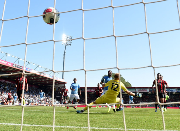 Bạn thân Messi ghi bàn thứ 400 trong sự nghiệp, đương kim vô địch Ngoại hạng Anh thắng dễ trước Bournemouth - Ảnh 6.