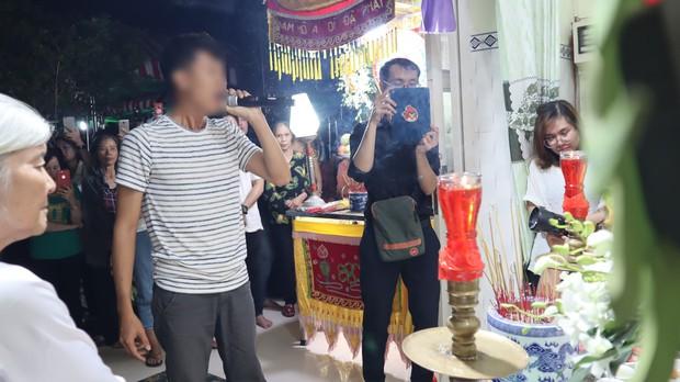 Em gái của cô dâu tử nạn trước ngày cưới: Suốt 3 năm chị chưa từng về Việt Nam, vì muốn tiết kiệm tiền gửi cho gia đình - Ảnh 4.