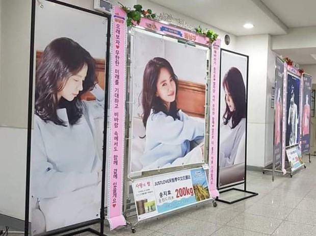 Running Man lần đầu làm fanmeeting tại Hàn Quốc nhưng Song Ji Hyo lại bị đối xử bất công? - Ảnh 9.