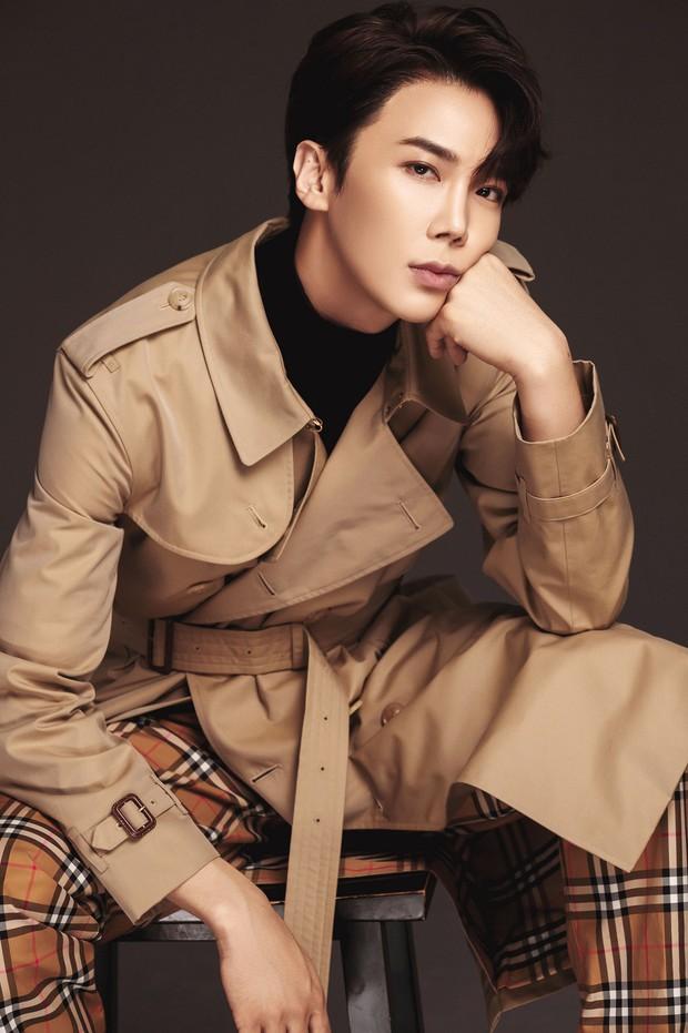 Hari Won ôm ấp trai đẹp Park Jung Min của SS501 cự ly cực gần, netizen hồi hộp theo dõi phản ứng của Trấn Thành - Ảnh 7.