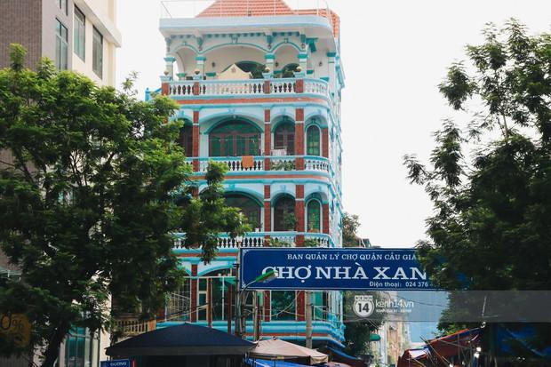 Khám phá chợ Nhà Xanh nổi tiếng nhất nhì giới sinh viên Hà Nội: Đi 5 bước 15 tiếng chửi, xem đồ mà không mua coi chừng ăn đánh nghe chưa! - Ảnh 8.
