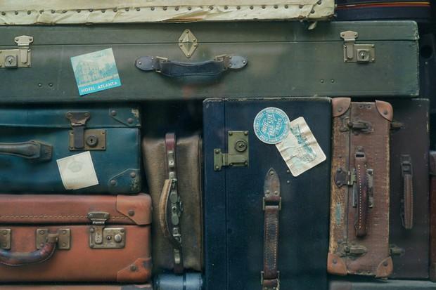 Điều gì sẽ xảy ra với những hành lý bị thất lạc ở sân bay, không có ai tới nhận? - Ảnh 3.