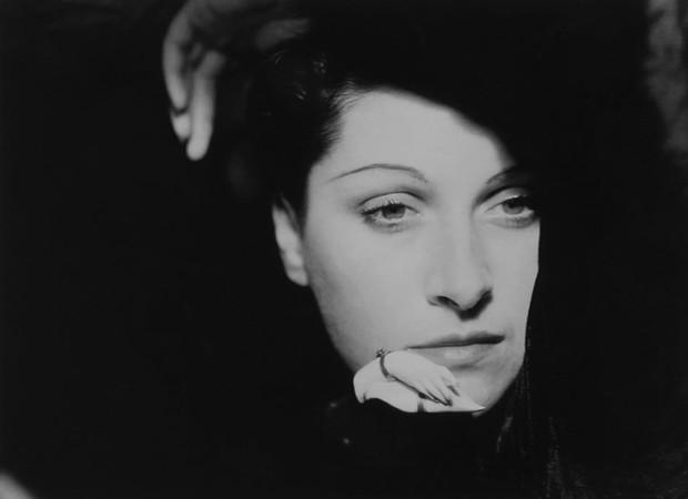 Người đàn bà khóc Dora Maar: Tình nhân kiêm nạn nhân của danh họa Picasso, tài năng và cuộc đời bị kìm hãm vì mối tình độc hại - Ảnh 1.