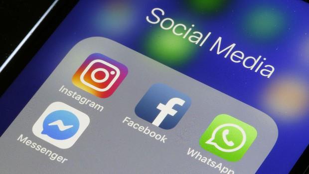 Sắp có Facebook Messenger phiên bản cực lạ: Khắc tinh lũ bạn tính cao su, người trên giường mà miệng thì trên đường - Ảnh 3.