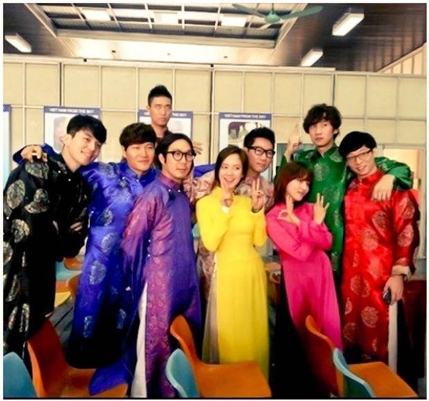 Một fanmeeting siêu to khổng lồ sẽ được tổ chức tại Việt Nam, fan nghi ngờ là Running Man? - Ảnh 4.