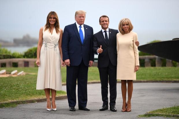 Đệ nhất phu nhân Pháp như trợ lý đi cạnh Melania Trump do sai lầm khi chọn trang phục - Ảnh 5.
