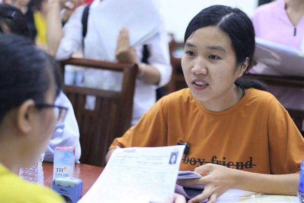 Nữ sinh bố mất, mẹ ung thư nặng đã nhập Trường ĐH Dược Hà Nội - Ảnh 6.