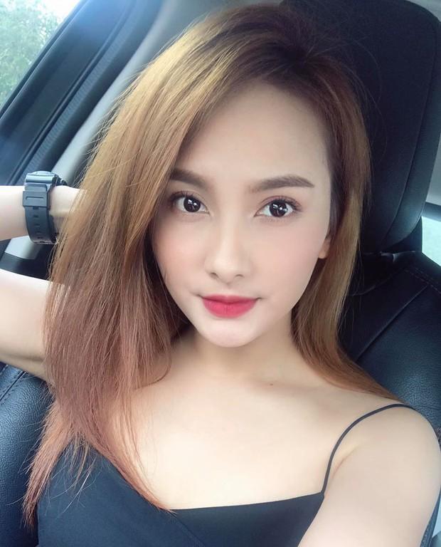 So kè style 3 nàng ngọc nữ 1990 của điện ảnh Việt: Người chăm diện đồ trễ nải, người thích diện đồ xì-tin hack tuổi triệt để - Ảnh 6.