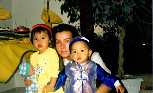 Cô gái 24 năm làm con nuôi trên đất Pháp và hành trình tìm lại mẹ ruột ở Việt Nam: Tôi luôn mong mỏi được gặp bà, dù trong hoàn cảnh nào - Ảnh 4.