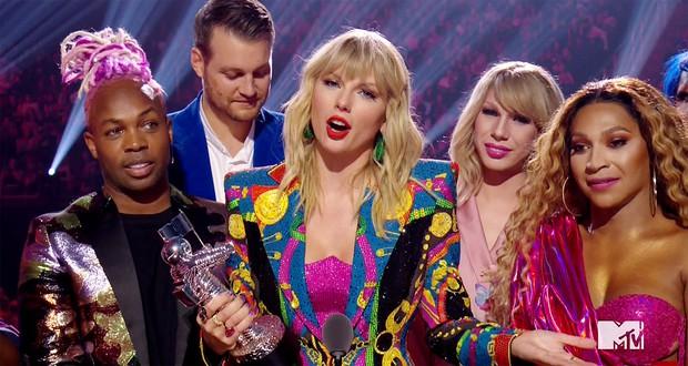 Kết quả MTV VMAs 2019: Ariana Grande ở nhà chơi với cún vẫn thắng 3 giải, Taylor Swift lập nên kỳ tích thập kỷ - Ảnh 3.
