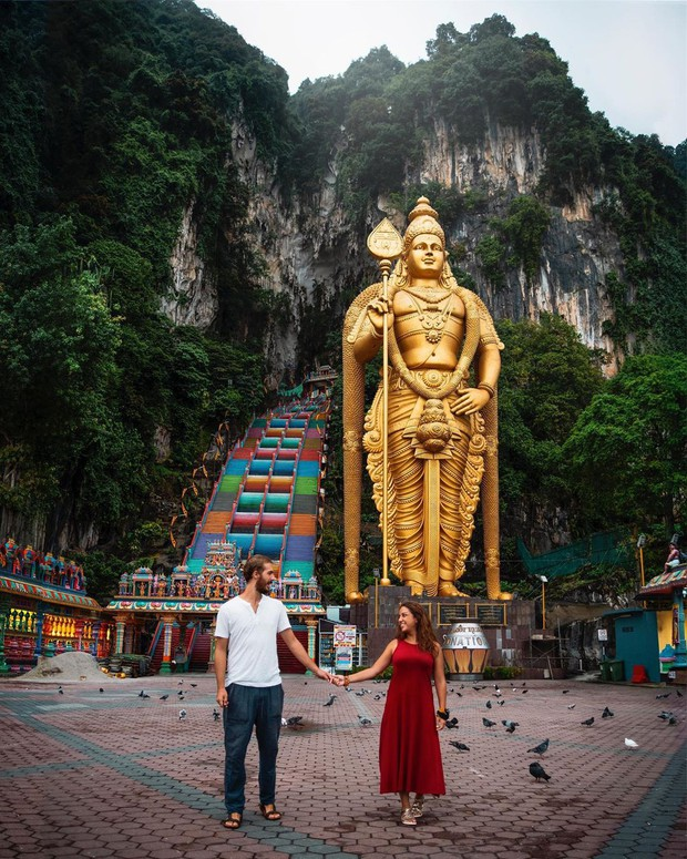Tỉnh mộng trước nấc thang cầu vồng nổi tiếng nhất Malaysia: Nhìn hình sống ảo thì phát ham, nhưng thực tế lại phũ phàng hơn! - Ảnh 7.