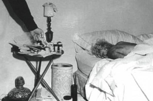 Bi kịch biểu tượng sex Hollywood Marilyn Monroe: Mẹ hóa điên, 5 lần 7 lượt bị xâm hại, 3 lần qua đò và cái chết bí ẩn - Ảnh 7.
