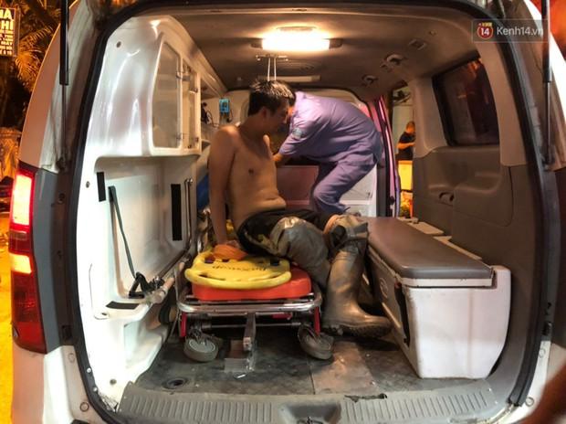 Một chiến sĩ PCCC Hà Nội phải sơ cứu vì kiệt sức sau khi tham gia dập lửa tại 2 vụ cháy liên tiếp - Ảnh 2.